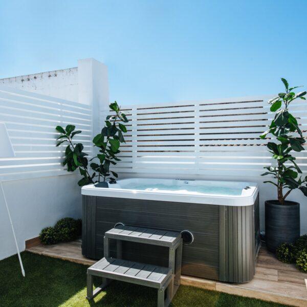 sevilla-alameda_1851_–_penthouse_private_jacuzzi_and_terrace_869EC8FC-5D6B-5CF0-50BA-898E19C81840-3